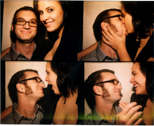 Romantic photobooth snaps - Pic 2