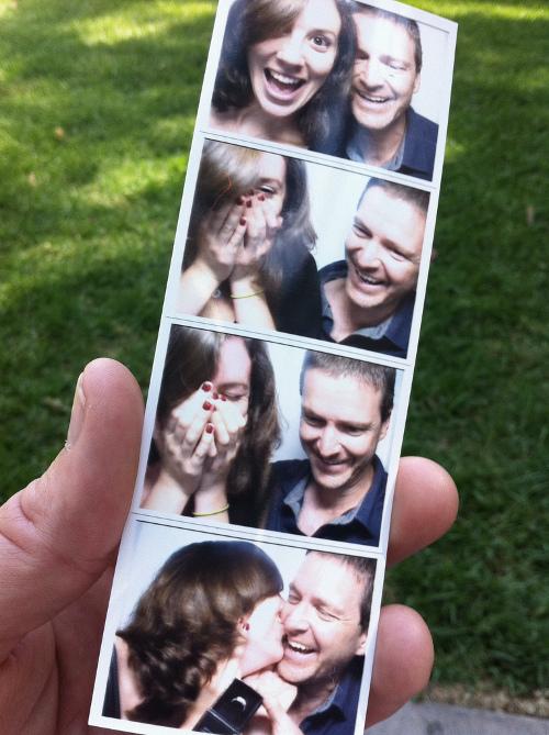 Romantic photobooth snaps - Pic 7
