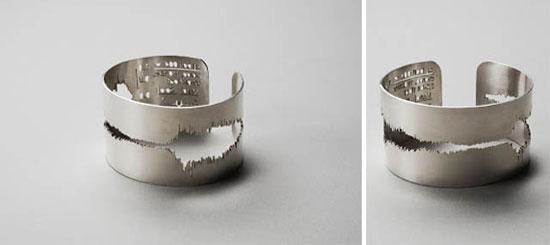I do! Sound-wave engraved wedding ring