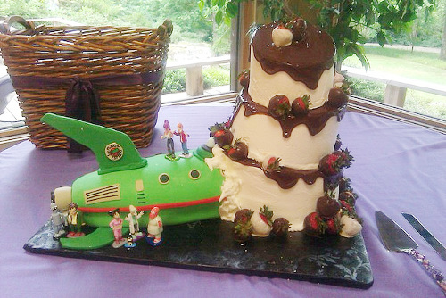 Futurama Crash Wedding Cake