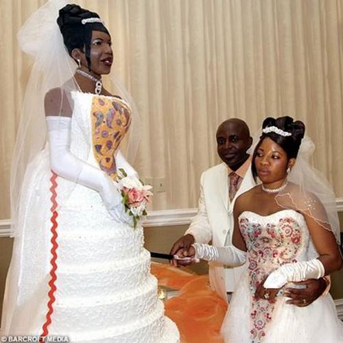 Vain Wedding Cake